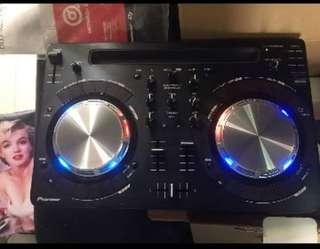 PIONEER DDJ-WeGO3-K Compact DJ software controller