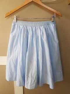 Uniqlo baby blue garterized skirt