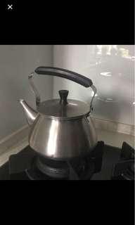 🚚 Cheap metal kettle
