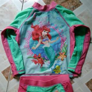 Preloved Ariel Rashguard