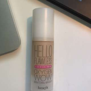 Hello Flawless Oxygen Wow Brightening Makeup