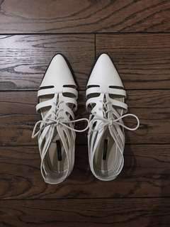 7.5 white pointed leather lace up Oxford shoes