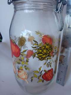 Antique design bottle