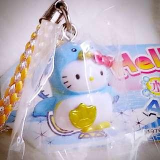 Hello Kitty 738047 Sanrio Product 日本空運 可愛 大腳板 金腳印 企鵝媽媽&企鵝仔BB公仔 吊飾 海洋 水族館限定商品 日本限定 珍藏 紀念 小禮物 小吊飾 掛飾