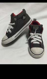 💕Authentic toddler Converse high cut sneakers💕