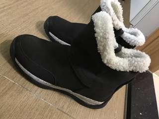 Nike雪地 boot