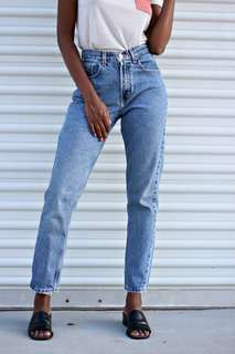 Vintage Gap Tapered Mom Jeans Size 25-26