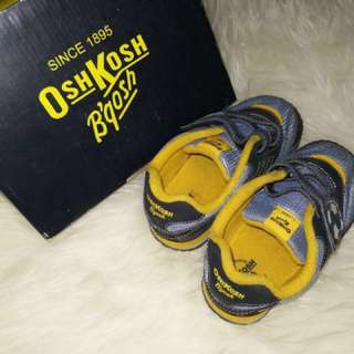 OshKosh shoes