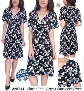 Antaylor clover print v neck capsleeve dress