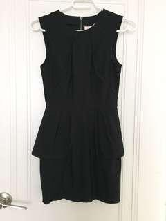 BNWT H&M black dress size 2