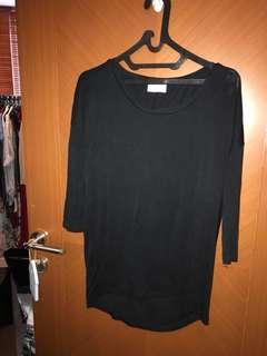 Like new! Original zara blus atasan kaos size s