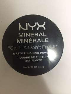 Nyx loose setting powder