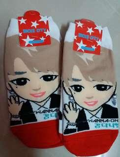 Wanna One Kang Daniel Socks (Ready Stock)