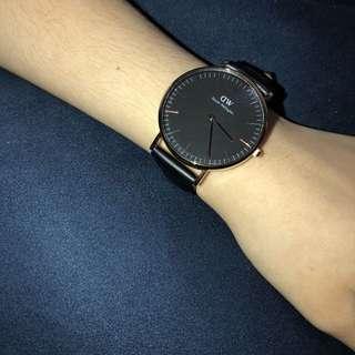 🚚 DW 28mm黑面女錶 手錶