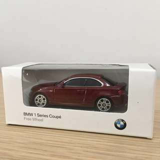 Official Merchandise • BMW 1 Series Coupé Free Wheel • Scale 1:64