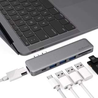 dodocool Hyperdrive 7 in 1 Spacegrey USB C hub adapter with HDMI & SD Card - Space Grey