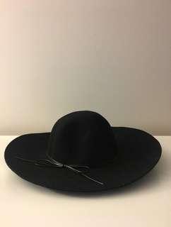 Felt Floppy Hat -Wide Brim