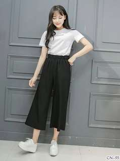 Black pants ; f@