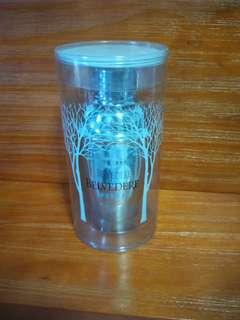 Belvedere shaker