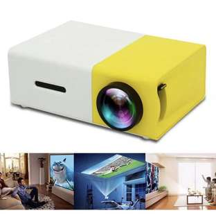 Portable 1080P LED Mini Projector High Resolution Ultra YG300 projector