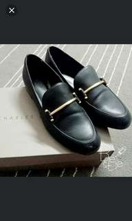 [REDUCE] Charles & Keith Loafers