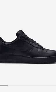 Air forces low size 7