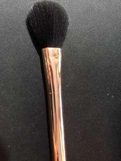 Mecca Cosmetica - Bronzer Brush