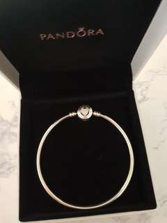Pandora Bangle - Heart enamel clasp. Brand new