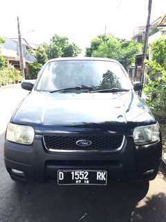 Ford Escape 2005 Matic Terawat Hijau Army