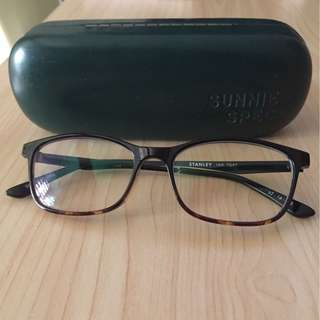 Sunnies eyeglasses