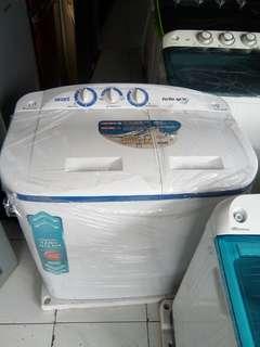 Mesin cuci AKARI 8kg