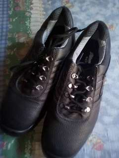 Steel toe shoes from USA