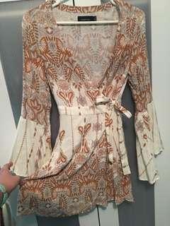 Mink pink flare sleeve pattern dress