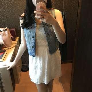 #CarousellCintaBumi F21 Jeans Vest