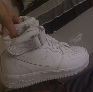 Nike Air Force Mid 1s