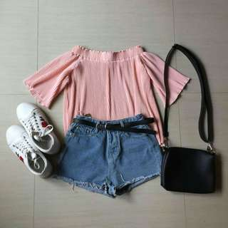 Off shoulder top (pink)