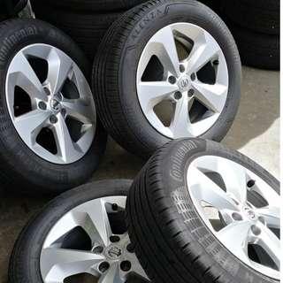 "Qashqai 17"" Stock Rim and Tyres (2x Bridgestone and 2x Conti)"