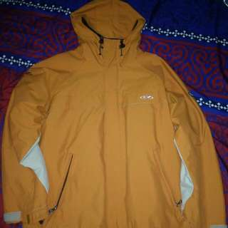 Jaket Outdoor/Gunung GRAVITY not Eiger Columbia, The North Face, CONSINA