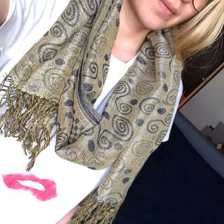 Army green/gold scarf