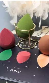 Make up foundation sponge 3 in one box with holder