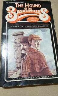 Conan Doyle's The Hound of the Baskervilles (A Sherlock Holmes Classic)