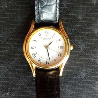 115. SEIKO Ladies Quartz