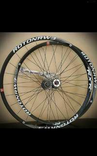 "RxR Roton RW3 Lightweight 27.5"" Wheelset with 120 engagement loud hub"