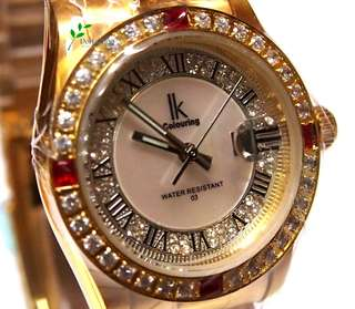 女裝 珍珠錶面 時尚華麗 仿鑽石 精緻手錶 Female pearl surface fashionable with imitated diamond Exquisite watch