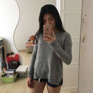 GREY HnM KNIT SWEATER👚