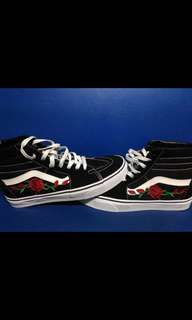 Vans Sk8 Hi With rose emboidered