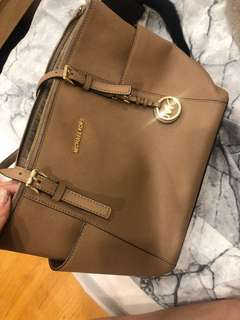 Michael Kors Tote bag, Authentic, new 99%