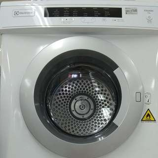 Electrolux Dryer EDV-7552/WH DP 0% Cukup Admin 199.000 Tanpa CC