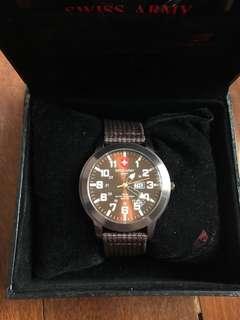 Jam tangan swiss army asli in box