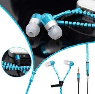 Free postage.. Zipper earphone - glows in dark (brand new)